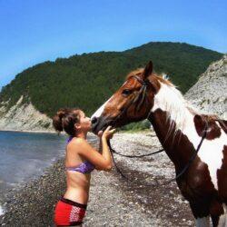 Прасковеевка: конная прогулка с купанием в море на диком пляже